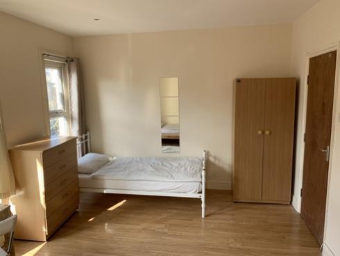 30_norman_room05_c.jpg